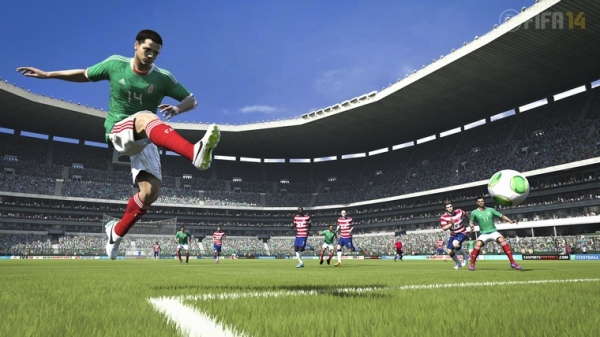 fifa14-chicharito-shot